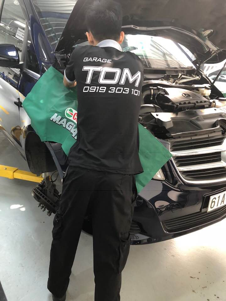 Test xe miễn phí tại Tom Autos Center